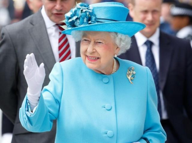 عيد الأم شاهد كيف احتفلت ملكة بريطانيا ذات الـ94 عام بهذه المناسبة عربي ودولي محطة مصر