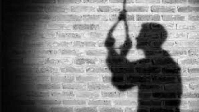 انتحار ثلاثة أتراك بسبب الانهيار الاقتصادي