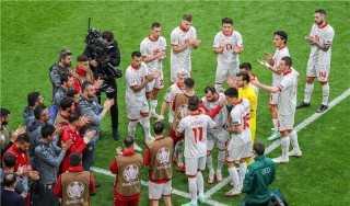 يورو 2020.. بانديف ينهي مشواره بممر شرفي أمام هولندا