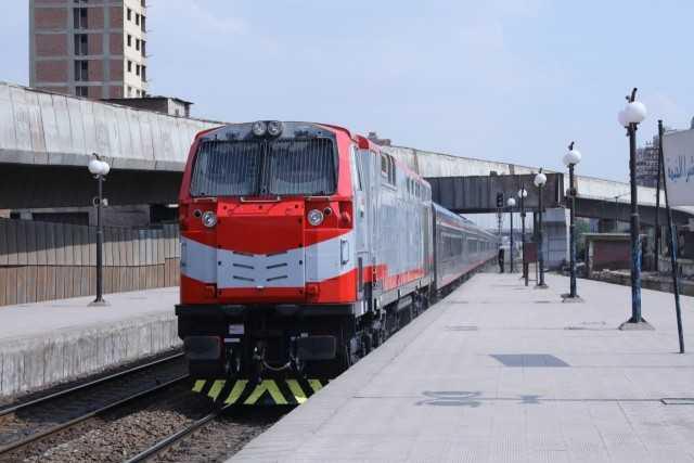 مواعيد القطار المتجه من دمنهور إلى القاهرة والإسكندرية والعكس