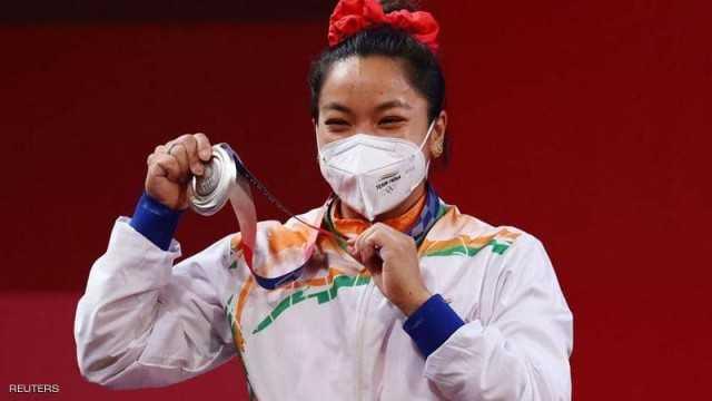 """""""هدايا غريبة"""" تنهال على بطلة أولمبية هندية بعد فوزها"""