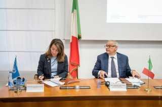 والي توقع مذكرة تفاهم لتعزيز تعاون الأمم المتحدة مع إيطاليا في مكافحة الجريمة