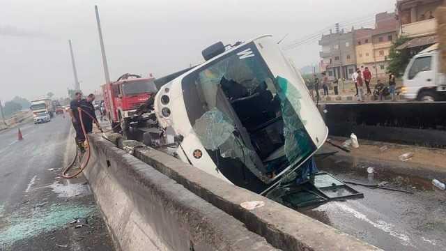 إصابة 22 شخصًا بينهم أطفال في حادث مروع بطريق «القاهرة - المنصورة»   صور