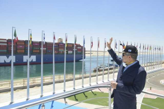 قناة السويس: عبور 71 سفينة بإجمالي حمولة 4,8 مليون طن اليوم الجمعة