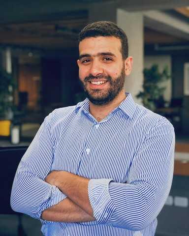 """وزيرة الهجرة :مالك  """"سويفل"""" نموذج  لنجاح وريادة الشباب المصري بالخارج"""