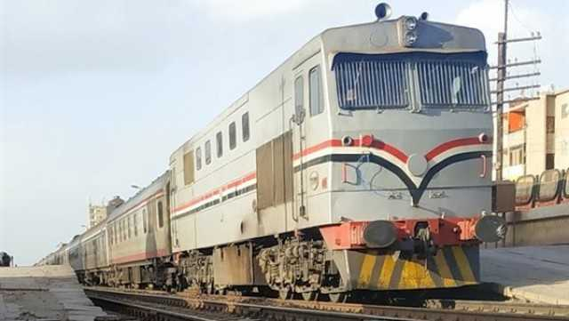 قطار البدرشين يدهس شابا أثناء عبوره السكة الحديد