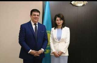 تبادل إعلامي بين مصر وكازاخستان