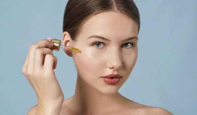 إزالة التجاعيد و نضارة الوجه.. 11 فائدة توضح أهمية السيروم لبشرتك