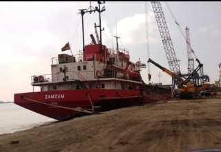 تصدير5900 طن ملح عبر ميناء العريش وتفريغ 7220 طن رخام بميناء غرب بورسعيد