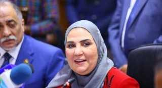 وزيرة التضامن: الحياة فقيرة دون فن وأتمنى تبنيه قضايا أطفال الشوارع
