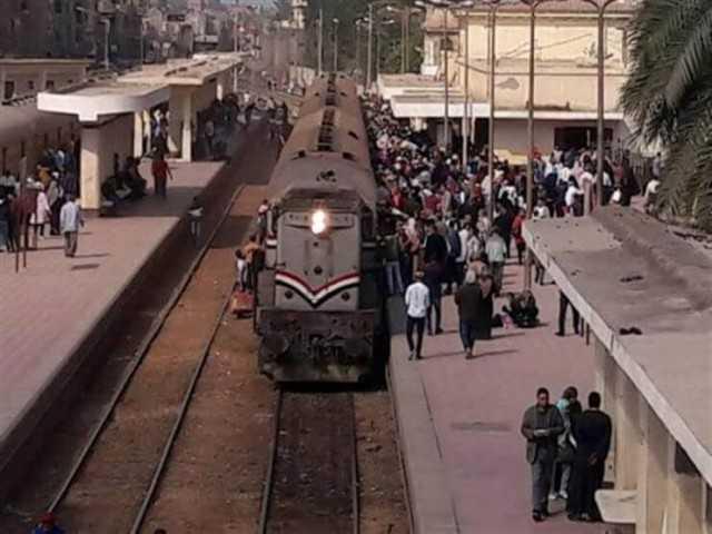 مواعيد القطارات المكيفة والروسي اليوم الأحد المتجهة من محطة مصر لجميع المحافظات