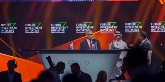 نخبة من كبار القادة والمسؤولين يلتقون في الرياض لإعادة رسم خارطة السياحة